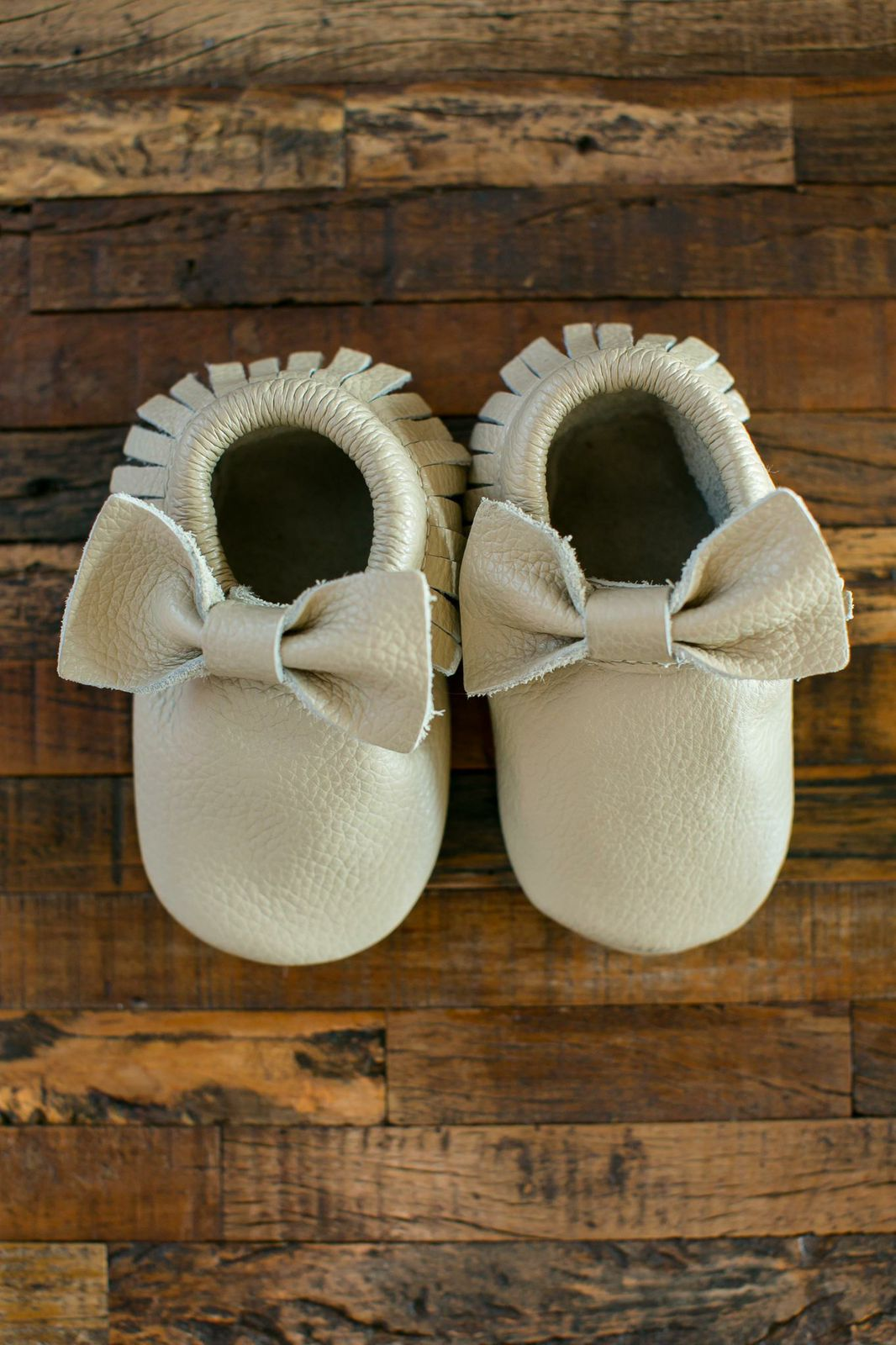 mini acorn moccs